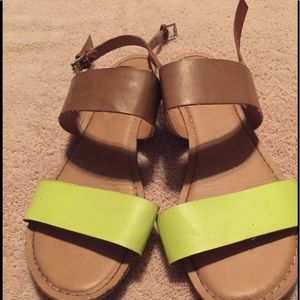 ***ONE DAY SALE*** Old Navy Sandals